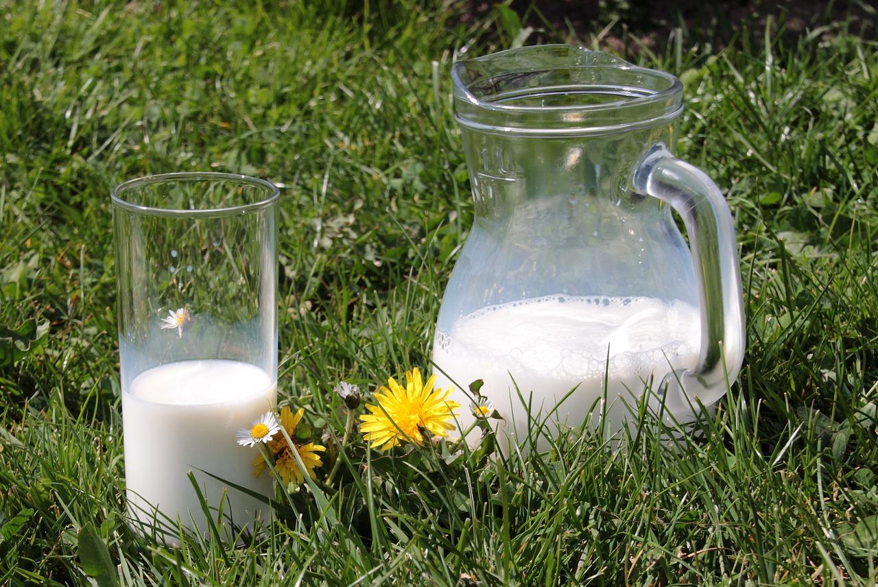 Непастеризованные молочные продукты