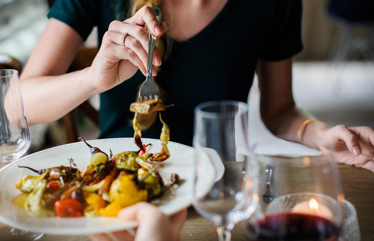 Еда ночью опасна для здоровья сердца
