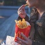 Неправильное питание делает человека несчастным