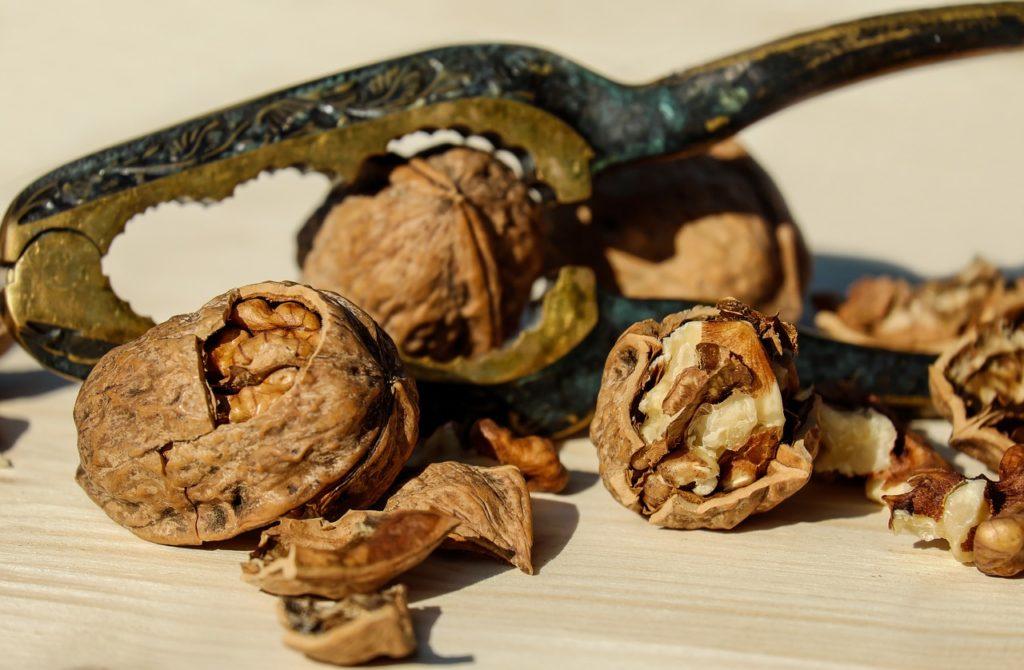 10 опасных побочных действий грецкого ореха